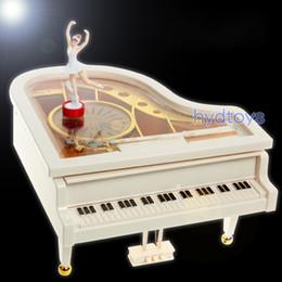 Dança de caixa de música on-line-Requintado Mini Caixa De Música De Piano Com Dança Da Menina Canção Para Alice Bailarina Mecânica Dança Oito Caixas de Tom Nova Chegada 16dy BB