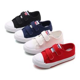 2018 Primavera Unisex Niño Zapatos de lona Niños Niñas Zapatos casuales 4Color Estudiante Niños Escuela Deporte Zapato # 7 Tamaño Euro 27-36 desde fabricantes