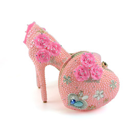Wholesale matching shoes purses - 2018 Handmade Diamond Pink Pearl High Heel Wedding Shoes with Heart Purse Adult Ceremony Party Ball Shoes with Matching Bag