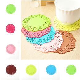 Wholesale fashion coasters - New Fashion Solid color Hollow out silicone coaster round antiskid Insulation mat Kitchen tools Bowl pad T3I0085