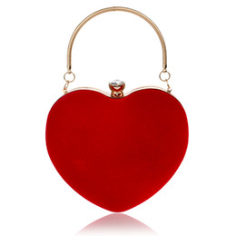 embrague del hombro del corazón Rebajas Bolsos de noche Diamantes en forma de corazón Rojo / Negro Bolso de hombro Bolso Bolsos de embrague para banquete de boda