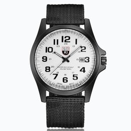 Argentina Moda para hombre reloj militar tejido lienzo correa de nylon calendario de los hombres reloj de cuarzo deportes hombre mayorista fecha relojes Suministro