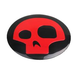 Schädelkappenmuster online-4x 56mm Roter Schädel logo Autoreifen Lenkrad Zentrum Radkappe Emblem Aufkleber Abzeichen Symbol Aufkleber kreative muster kappenaufkleber