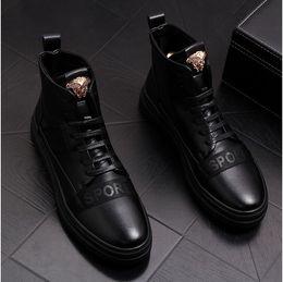 Koreanische stiefel hoch martin online-Herren Leder Martin Stiefel koreanische Mode Cowboystiefel kurze Stiefel lässig High-Top Schuhe Flut Herrenschuhe