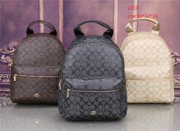 6a4c1a0b9a2 AAA-Free Shipping caliente Nueva Llegada Moda Mujeres Bolsos de escuela  Estilo Punk caliente Hombres Mochila Mochila de diseño PU Leather Lady Bags  barato ...