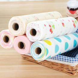 Tissu antidérapant en Ligne-Dessous de cuisine de cuisine sans adhésif Tapis Lovely Dots Pattern étagère non-adhésive Paper Drawer Liner Tapis antidérapant pour nappe 30x300cm