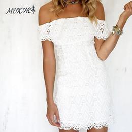 hombros de renda de casamento branco Desconto Mulheres Branco A Linha de Renda Sexy Vestido Mulheres Soild Fora Do Ombro Vestido de Festa de Casamento 2018 Primavera Sexy Mini VestidosY1882402