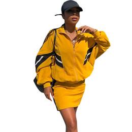 Canada Ensemble de deux pièces Survêtement Femme Vêtements Casual Automne Hiver Tenues Veste Tops + Mini Jupes Costumes 2 Pièce Ensembles Assortis cheap winter outfits skirts Offre