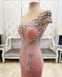 Appliques De Luxe Cristaux Perlés Rose Robes De Bal 2019 Sheer Neck Mermaid Retour Couverts Boutons Arabie Saoudite Robes De Soirée De Soirée ? partir de fabricateur