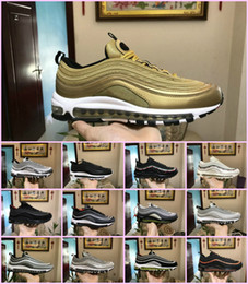 red athletic Promo Codes - NEW AIR 97 OG Bullet Running Shoes 2018 Men Women Air Cushion Undefeated Silver Metallic Gold Sports Athletic Run Shoes Outdoor Sneaker