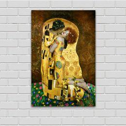 Wholesale Gustav Klimt Oil - Canvas Art Wall Pictures For Living Room Gustav Klimt Sytle The Kiss Photo Oil Painting Home Decor Printed No Framed