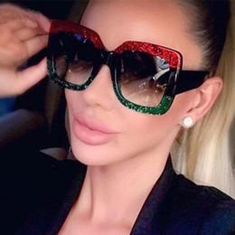 2019 полосовые солнцезащитные очки 2018 негабаритных солнцезащитные очки цвет полоса кадр квадратные солнцезащитные очки Женщины Марка дизайнер ретро солнцезащитные очки старинные очки скидка полосовые солнцезащитные очки