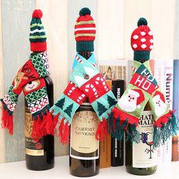 красный красный шарф Скидка Christmas Cute Pattern Red Wine Bottle Knitted Scarf Hat Cover For Dinner Table Decor Pouch Decoration Ornament