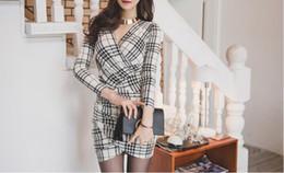 952ae787c039 2018 autumn new V collar sexy Plaid Dress