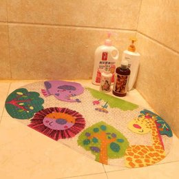 Guijarros de plástico online-Dibujos animados de plástico guijarro alfombras de baño almohadilla de pie PVC alfombra de baño absorbente antideslizante almohadilla antideslizante alfombra de piso de bebé alfombras de baño