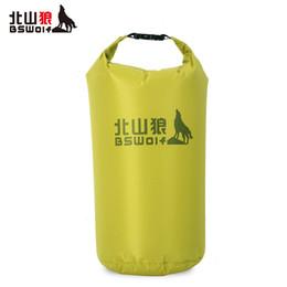 силиконовые пляжные сумки Скидка BSWolf сверхлегкий открытый рафтинг водонепроницаемый мешок дрейфующих водонепроницаемый мешок пляжа силикона пакет сухой мешок 5л 10л 20л 30л