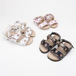 weiche gummi-bodenschuhe Rabatt Neue Muster Mädchen Sandalen rutschfeste Gummi Weichen Boden Prinzessin Schuh Cartoon Kinder Baby Einzelnen Schuh