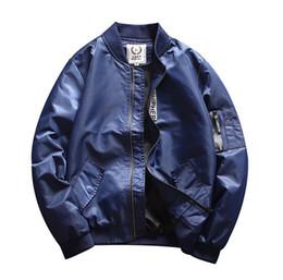 Patch-licht online-2018 neue Herren Bomber Jacken High Fashion Stehkragen Light Coats 3 Farben Hip Hop dünne Jacken mit Reißverschluss Taschen
