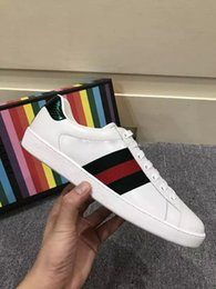 Wholesale Hard Cock - New men Womens Fashion White Leather Luxury tiger Cock Love Flower Embroidered Flat Casual Shoes Lady Red Green Shoes Size 35-45