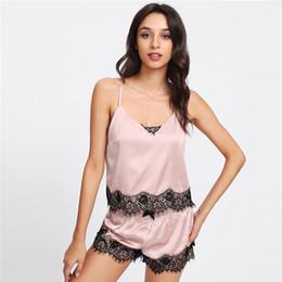 Femmes Vêtements De Nuit Pyjamas De Soie De Mode Sexy Dentelle Sling + Shorts Vêtements De Nuit Femmes D'été Dentelle Homewear Femmes Lingerie Vêtements ? partir de fabricateur