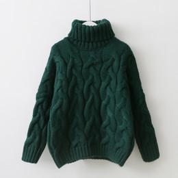Suéter jersey verde online-Invierno espesar mujeres suéter hecho punto giro cuello alto jersey jersey verde blanco azul marrón femenino suéter de cachemira 0,65 kg
