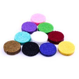 Pression en Ligne-Pads de feutre rond coloré pour 3 * 15mm entretoises de diffuseur d'huile essentielle pour diffuseur d'huile essentielle 18mm Snap Buttons bijoux