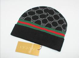 Cappelli di moda Beanie per uomo Donna Cappelli di lana lavorati a maglia casuali Cappellini di sport invernali di Beaniesembroidery da cappelli di rasta cappotto all'ingrosso fornitori