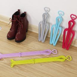 Plástico Cabides Longos De Armazenamento Cabide Shaper Maca de Árvore Portátil Multifuncional Prateleira Para Botas Sapatos Cabide Rack de Dobramento de Fornecedores de prateleira de sapato dobrável