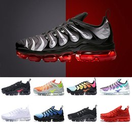 Wholesale green volts - Bleached Aqua Vapormax TN Plus Red Shark Tooth Grape triple White black Hyper Violet Shoes Men running Shoes Volt trainers sports sneakers