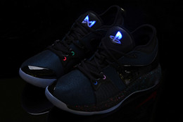 nouvelles chaussures paul george Promotion 2018 New Lights UP PG 2 Chaussures de basket-ball Master PlayStation Taurus Road pour Paul George II PG2 2s PS Baskets de sport athlétiques taille 40-46