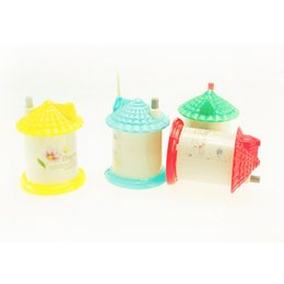 Wholesale Portable Toothpick Holder - 3 Colors Portable Lovely Automatic Toothpick Holder Pocket Fashion Small Portable House Shaped Creative Toothpick Box