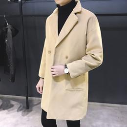 Uomini vestiti di lana online-MRMT 2018 degli uomini di marca casual medio lungo e velluto soprabito per l'ispessimento maschile indumenti larghi di lana