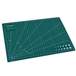 PVC tapis de coupe A4 durable auto-guérison coupe pad patchwork outils de couture à la main accessoire de coupe bricolage plaque de coupe vert foncé 22 x 30 cm ? partir de fabricateur