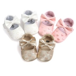 princess shaped dresses Promo Codes - 2018 Newborn Baby Girls Princess shoes Big Bow Heart-Shaped Mary Jane Prewalkers moccasin Soft sole Crib Dress Shoes