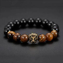 2019 l'occhio di fascino fortunato Naturale occhio di tigre pietra pietra perline bracciali uomo fascino fortunato dorato leone bracciali per gli uomini perline di pietra braccialetto drop ship 320126 l'occhio di fascino fortunato economici