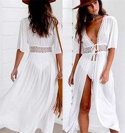 Frauen V-Ausschnitt aushöhlen Sommerkleid Beachwear Urlaub Split Lace up Kleid  Weiß Boho lange Maxi Kleider Bademode S-XL preiswerte weiße spitze boho  maxi ... a500ddba37