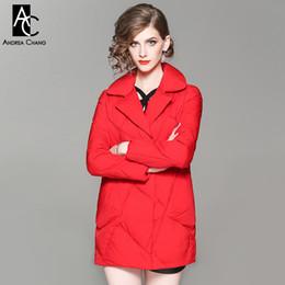 Weißer mantel für frauen kragen tasche online-Herbst Winter Frau Outwear weiße Entendaunen füllen Mantel mit Taschen schwarz roten Mantel gekerbten Kragen Mode lässig niedlichen Winter