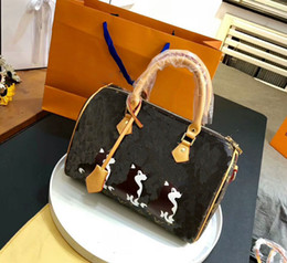 Wholesale Beautiful Leather Bags - 2018 women messenger Leather bags Hot Luxury Brand beautiful Women Handbag fashion printing Flowers bag sweet women bag