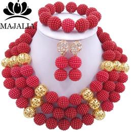 f99f719937c6 Todo sale2017 Moda nigeriana boda perlas africanas joyería conjunto rojo  cuentas de plástico collar pulsera pendientes joyería conjunto GG-426 collar  ...