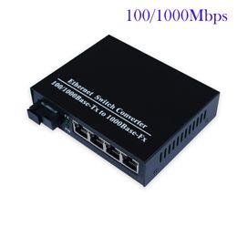 Наградной оптического волокна к 4ports 100/1000 Мбит gigbit Ethernet в оптический переключатель волокна одномодовый симплекс SC от Поставщики оптоволоконный кабель
