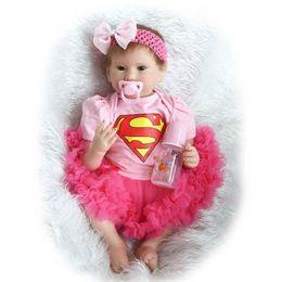 2019 boneca de borracha rosa Atacado-22inch 55cm Silicone Reborn Baby Doll Boneca Lifelike menina do vinil que olhar real com chupeta magnética