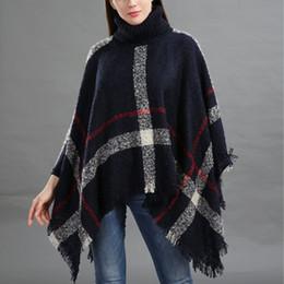 drop navire 2018 Plus Size femmes cardigan à carreaux en laine col roulé  cape manches chauve-souris pull en tricot poncho femmes promotion poncho  col roulé c9a69f08494