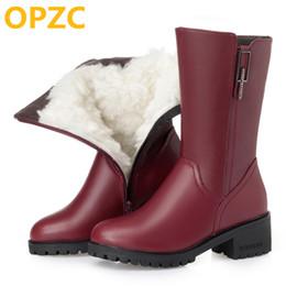 botas de boda invierno femenino Rebajas OPZC Botas de nieve para mujer 2018 nuevas botas de cuero Martin para mujer, tamaño grande 42 43 lana cálidas botas de invierno para mujer zapatos de boda