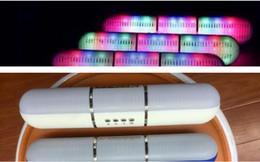 2019 pilule légère haut-parleur bluetooth JHW-V318 Bluetooth Haut-parleurs Portable Wireless Pulse Pills Led Flash Light Haut-parleur Bulit-in Mic Mains Libres haut-parleurs 4 Couleurs pilule légère haut-parleur bluetooth pas cher