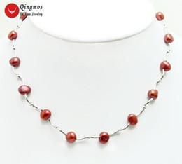 Gargantilla de perlas rojas online-Collar flotante al por mayor de la perla natural para las mujeres con 8-9mm Red Baroque Pearl Chokers Necklace y plata plateó la joyería del codo