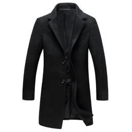 Abrigo de lana traduccion