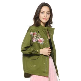 patch bomber women Promo Codes - Women Army Green Floral Embroidery Bomber Female Jacket Patched Rivet Design Loose Flight Jackets Casual Coat Punk Outerwear Capa