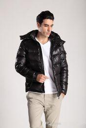 Männlicher weißer mantel online-2020 designer jacken heißer verkauf männer winter patch daunenjacke lässige hip hop warme trendy jacke männlich weiß ente daunenmantel winter