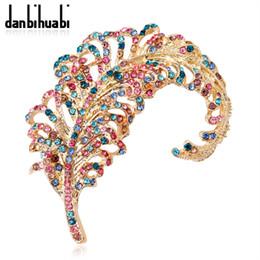 foulards hommes Promotion Danbihuabi Feuilles Or Couleur Broches Costume De Mode Pins Coloré Cristal Broche Bijoux Écharpe Clip Accessoires Pour Femmes Et Hommes