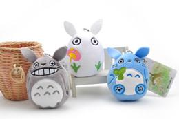 Muñecas de amor de felpa online-10 unids / lote 9 cm Mini Cartoon Totoro Colgante de Felpa con Personal Suave Anime Totoro Llaveros Bolsa Colgante Niños Amor Juguetes Muñeca regalo